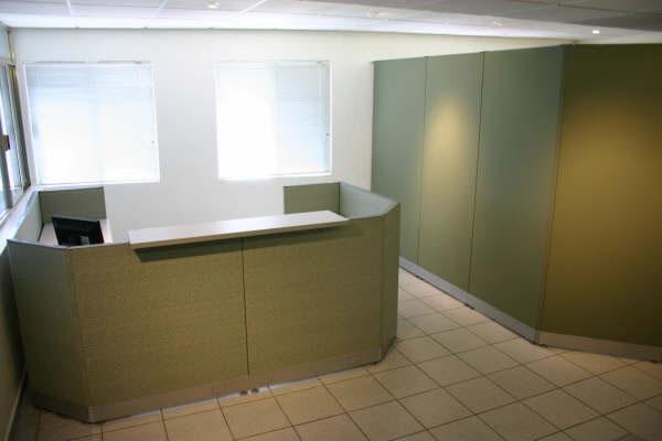 Muebles de oficina fabricacion de muebles de oficina en for Muebles para oficina mamparas